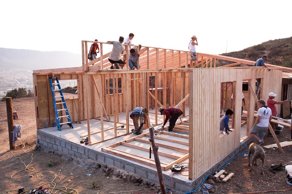 housebuild1.jpg